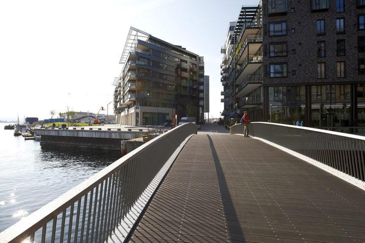 Broen over til Tjuvholmen fra Aker Brygge