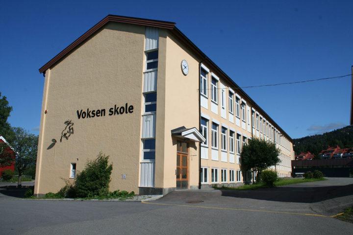 Fasadebilde Voksen skole