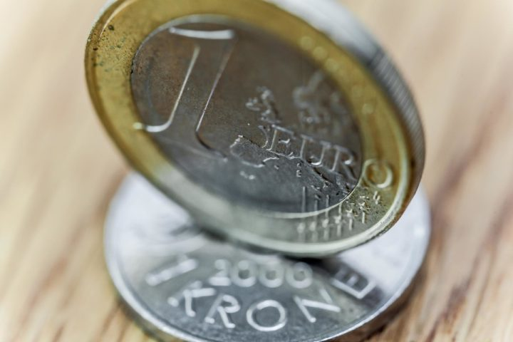 Valutajustering og oppdaterte priser